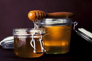 hagymát mézzel a visszér ellen
