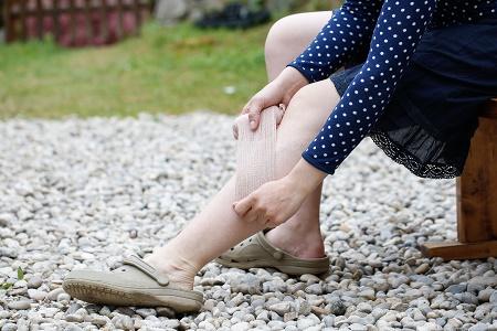 a lábizmok túlfeszítése visszér
