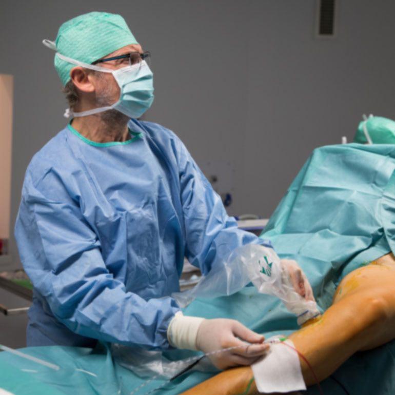 vélemények a visszérműtétről hideg borogatás visszér ellen