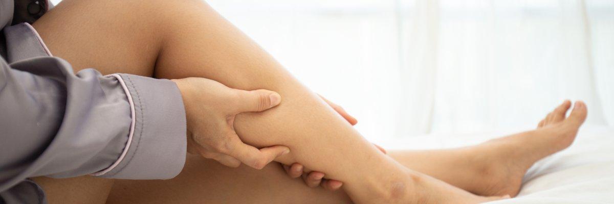 visszerek a gyomorban nőknél fotó a lábak pigmentációja visszeres fotóval